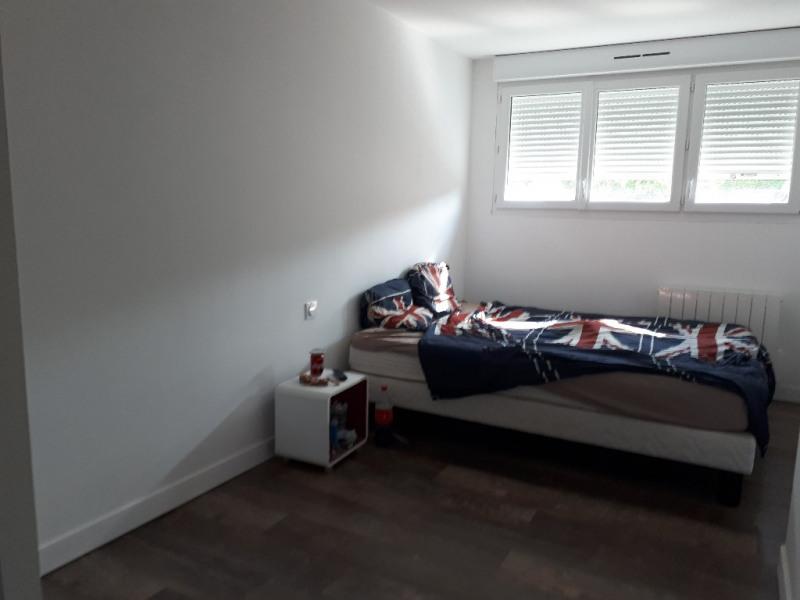 Sale house / villa Craon 101500€ - Picture 4