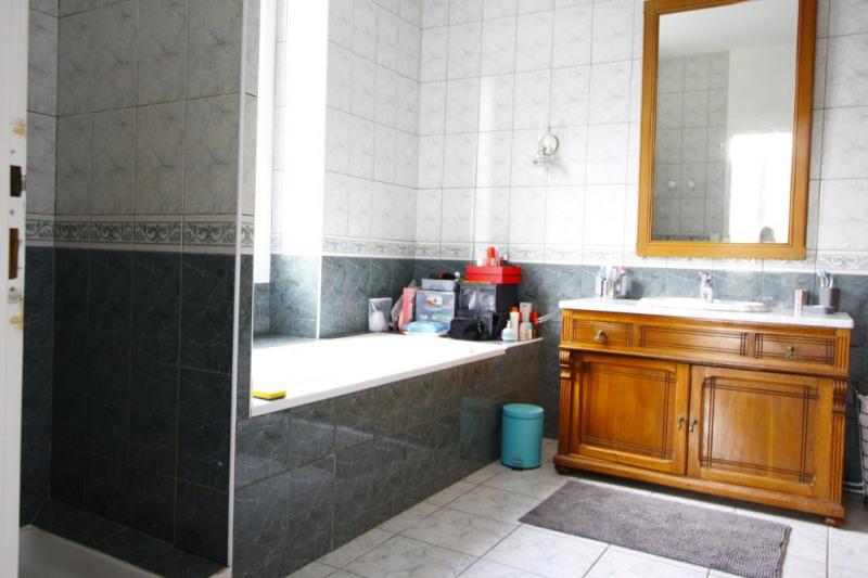 Sale house / villa Gan 245200€ - Picture 2