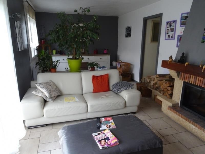 Sale house / villa Chambly 317 000€ - Picture 2