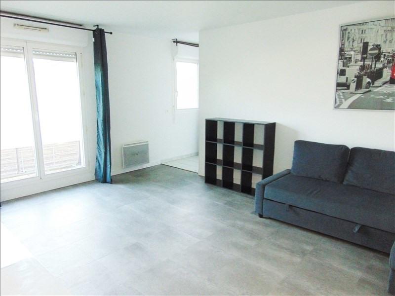 Location appartement La plaine st denis 890€ CC - Photo 1