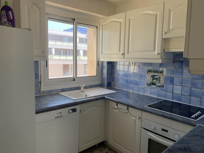 Location appartement Marseille 5ème 1090€ CC - Photo 6