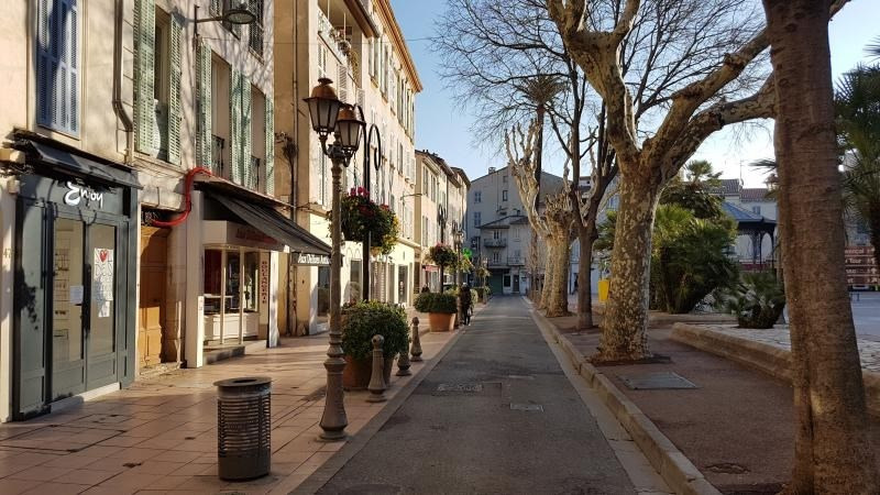 Location local commercial Antibes 872€ HT/HC - Photo 2
