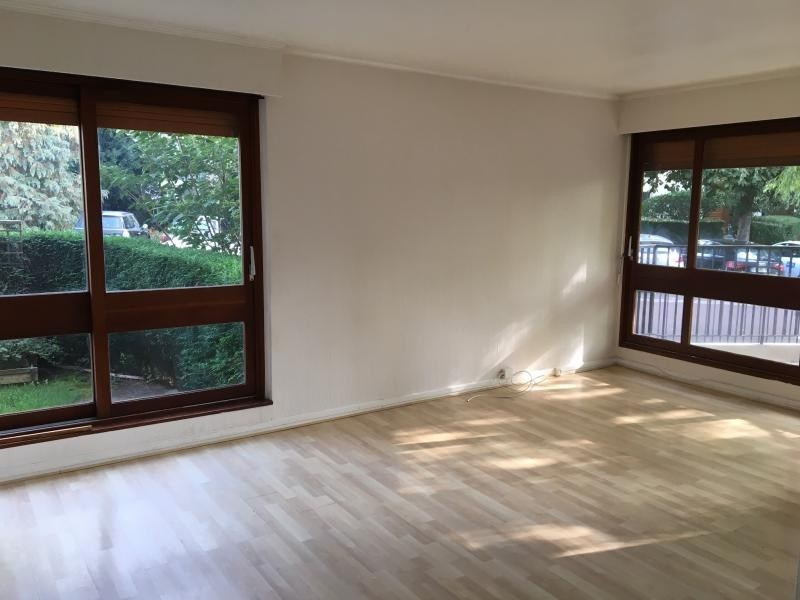 Location appartement Le chesnay 1 177€ CC - Photo 1