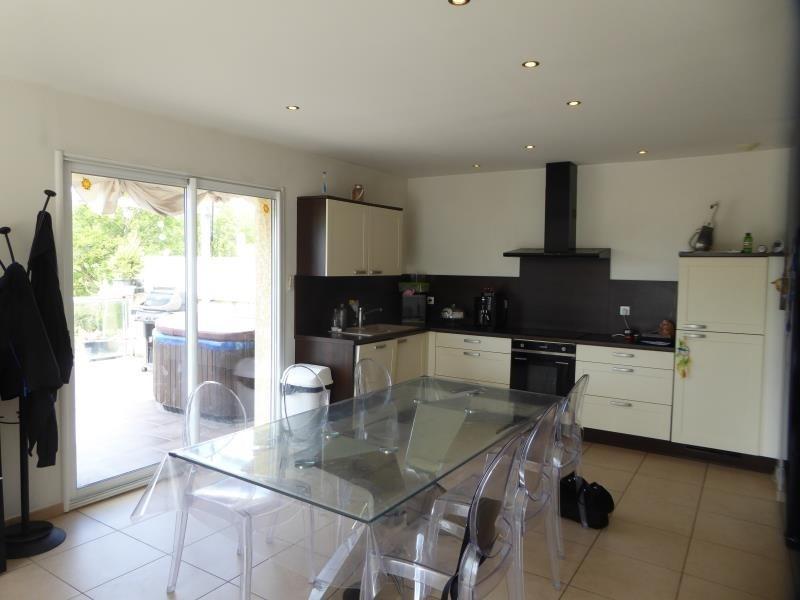 Vente maison / villa Bonnefamille 320000€ - Photo 6