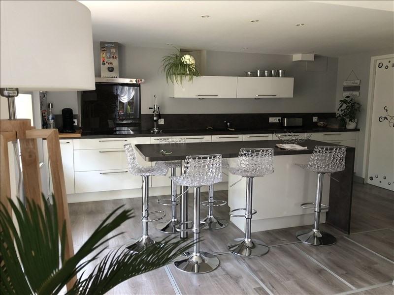 Vente maison / villa Liguge 368000€ - Photo 5