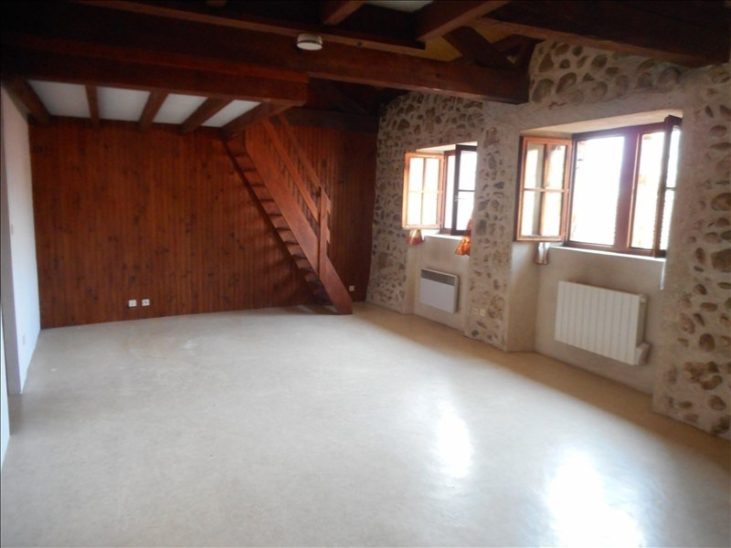 Location appartement Chirens 428€ CC - Photo 1