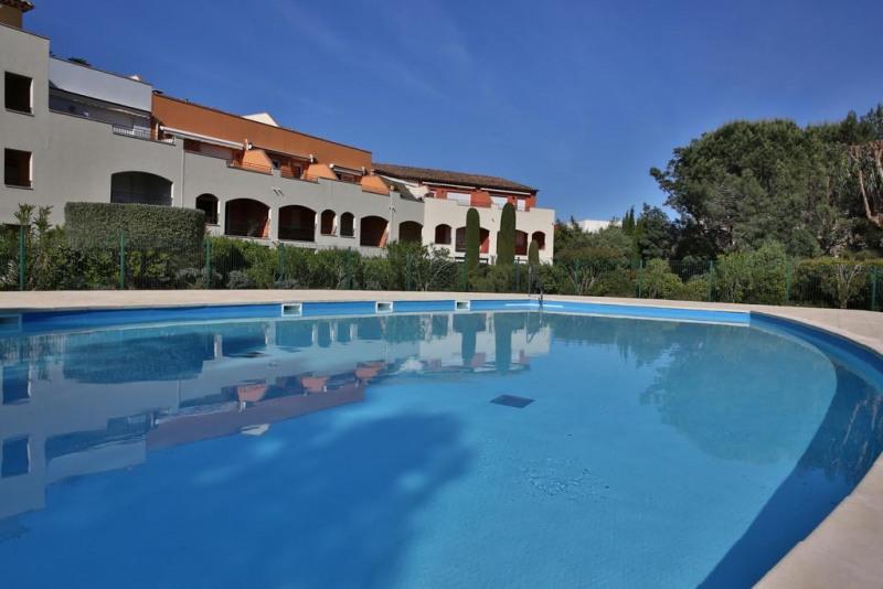 Location vacances appartement Cavalaire sur mer 1300€ - Photo 17