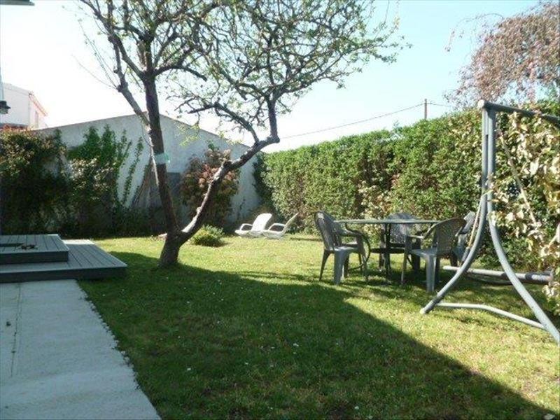 Vente maison / villa Le chateau d oleron 299440€ - Photo 16