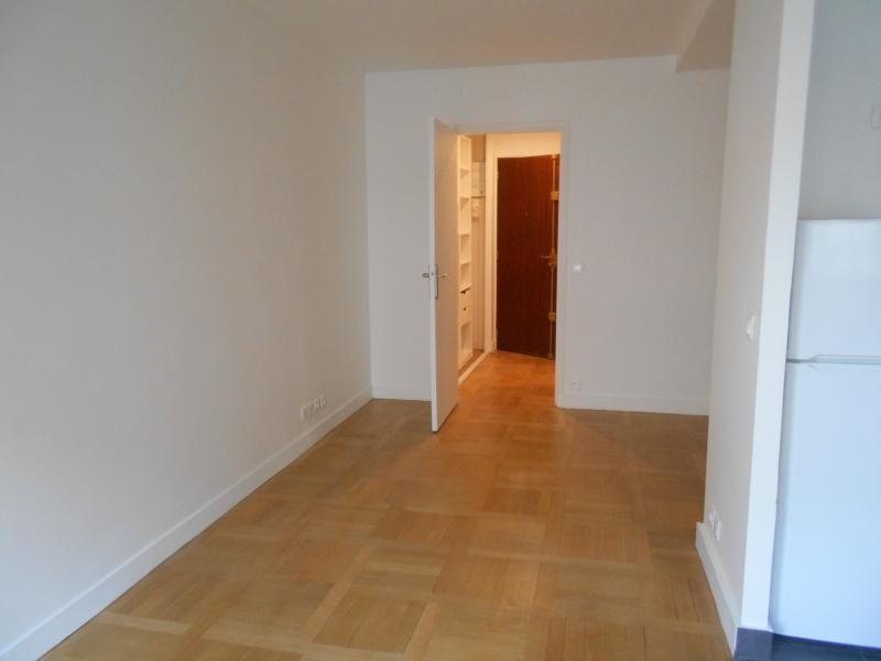 Location appartement Neuilly sur seine 1100€ CC - Photo 5