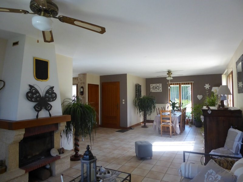 Sale house / villa Terrasson lavilledieu 240 750€ - Picture 5