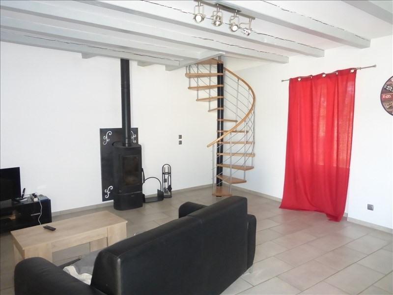 Sale house / villa Lussant 180000€ - Picture 1