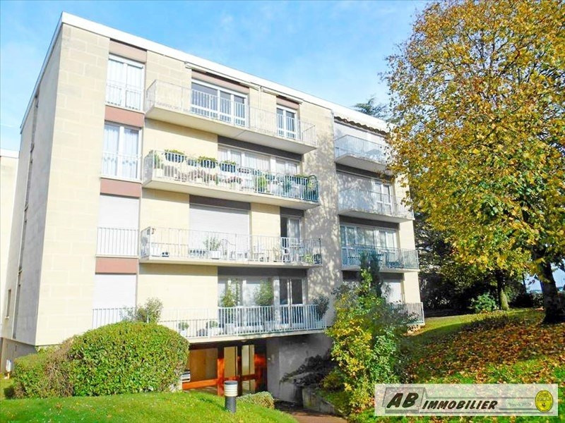 Rental apartment Chambourcy 595€ CC - Picture 1