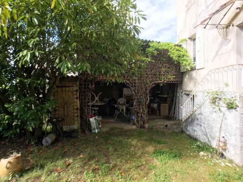 Sale house / villa La chartre sur le loir 296800€ - Picture 9