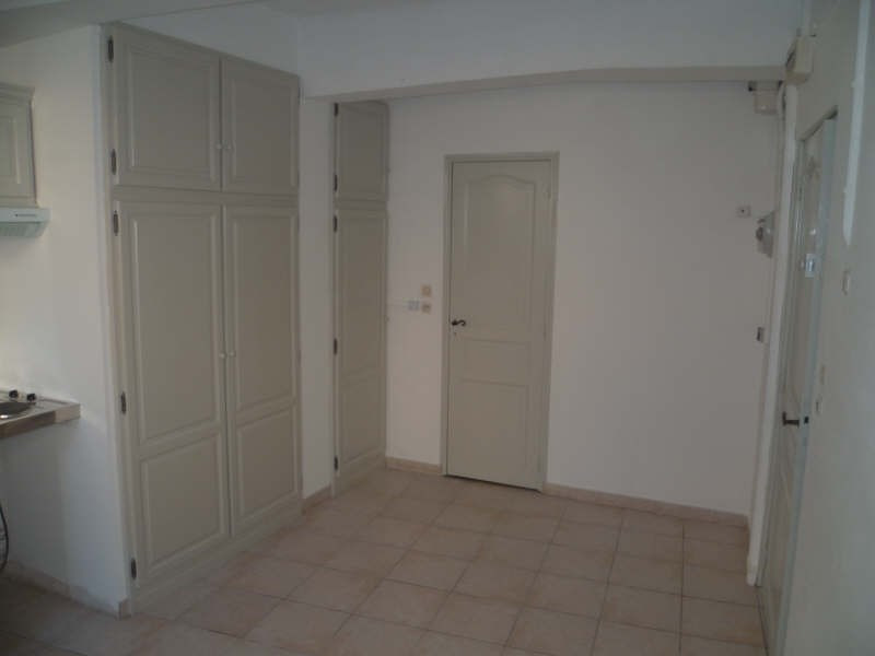 Location appartement St maximin la ste baume 395€ CC - Photo 2