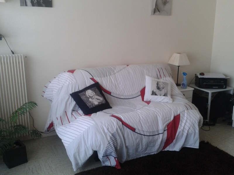 Location appartement Maurepas 651€ CC - Photo 1