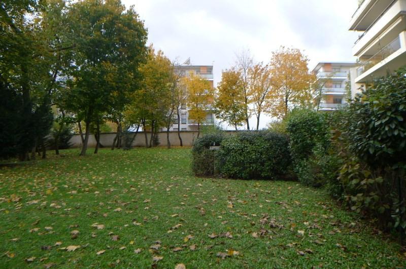 Rental apartment Sainte foy les lyon 1563€ CC - Picture 3