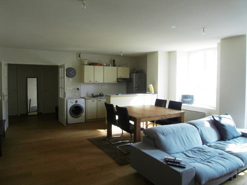 Rental apartment Cognac 587€ CC - Picture 2