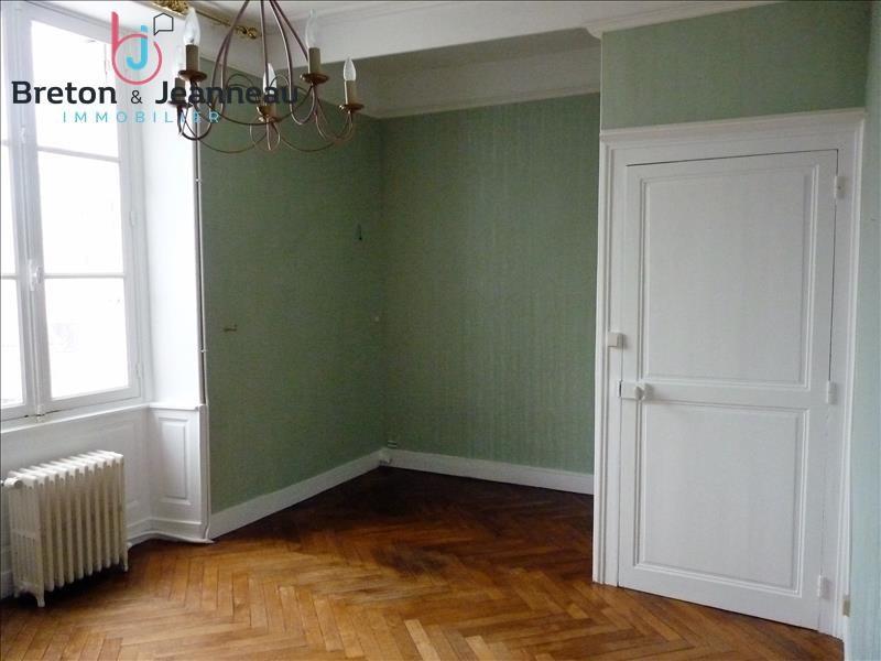 Sale house / villa Chateau gontier 166400€ - Picture 5