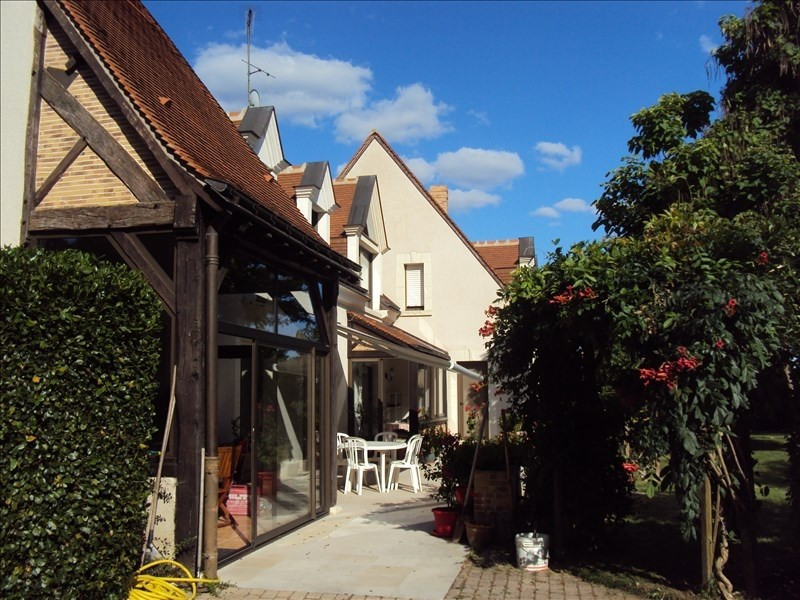 Deluxe sale house / villa St martin le beau 626000€ - Picture 2