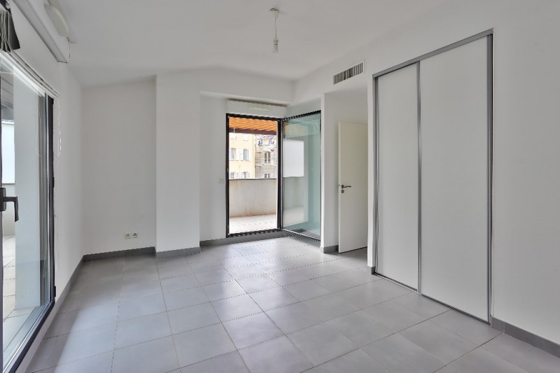 Deluxe sale apartment Nice 650 000€ - Picture 5