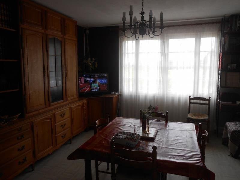 Sale house / villa Montguyon 99 500€ - Picture 4