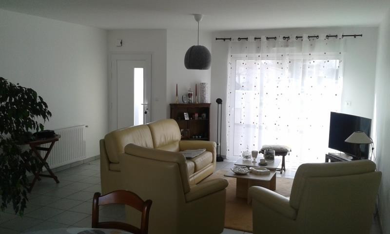 Location maison / villa Chauray 730€ CC - Photo 2