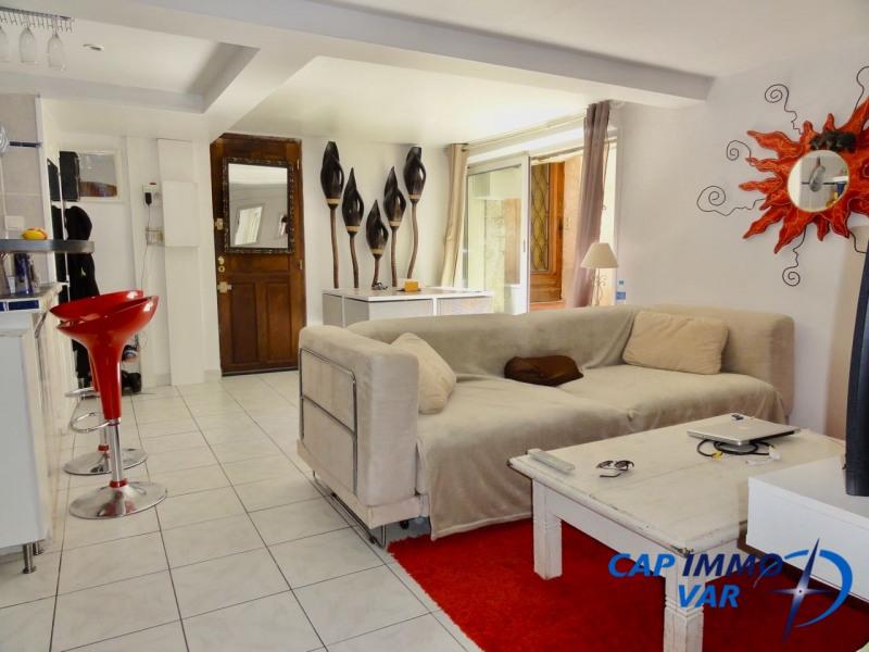 Rental apartment Le beausset 600€ CC - Picture 1
