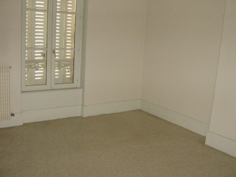 Rental apartment Roanne 332€ CC - Picture 2