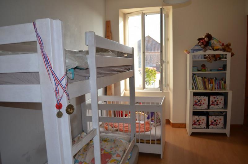 Vente maison / villa Vaire 159000€ - Photo 6