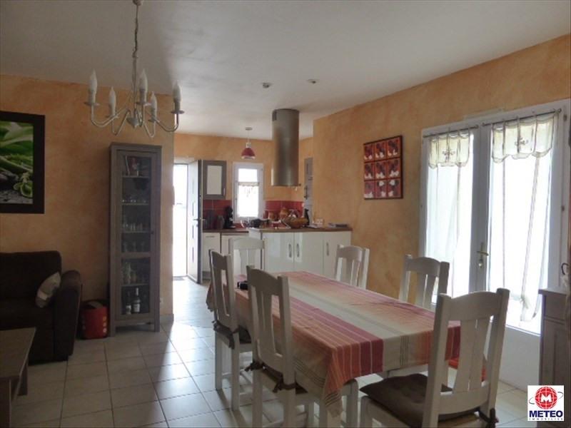 Sale house / villa La tranche sur mer 327900€ - Picture 2