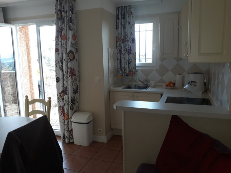 Vacation rental apartment Les issambres 440€ - Picture 4