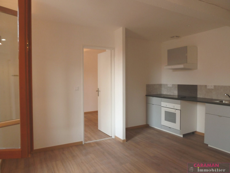 Rental apartment Caraman 470€ CC - Picture 1