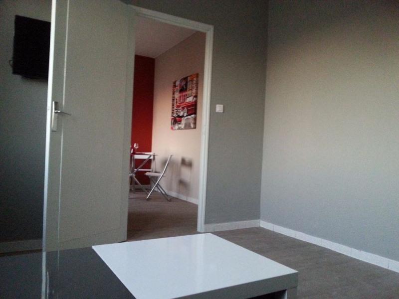 Locação apartamento Avignon 480€ CC - Fotografia 5