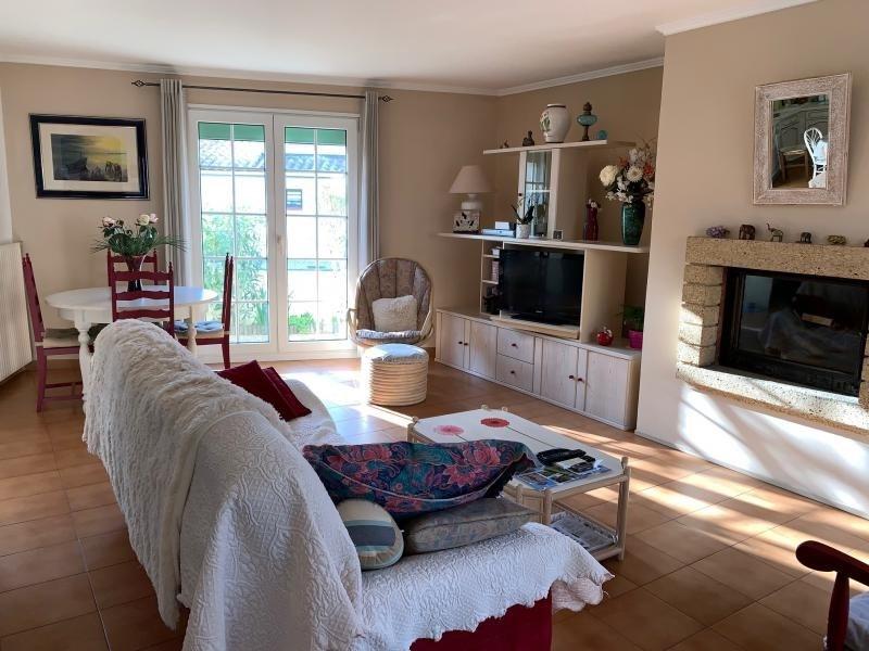 Sale house / villa Le grau du roi 355000€ - Picture 4