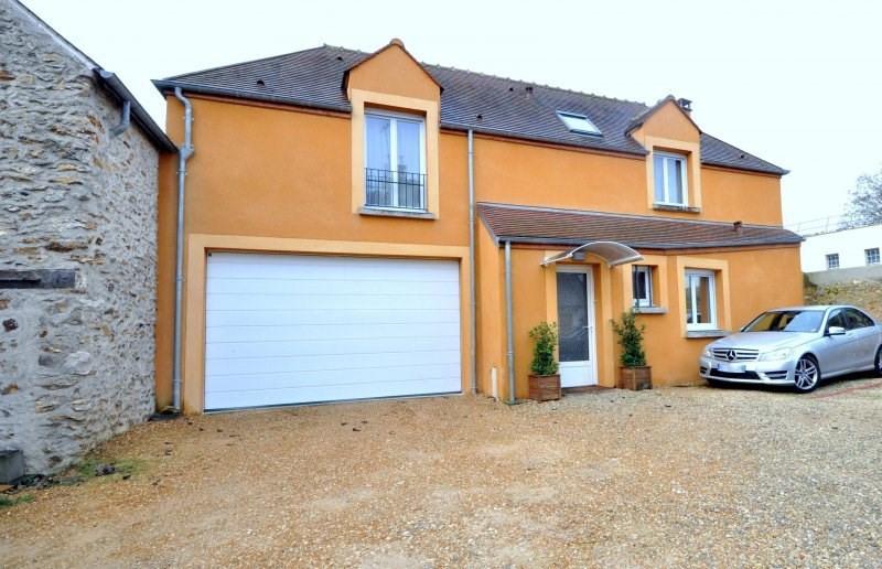 Sale house / villa Dourdan 369000€ - Picture 1