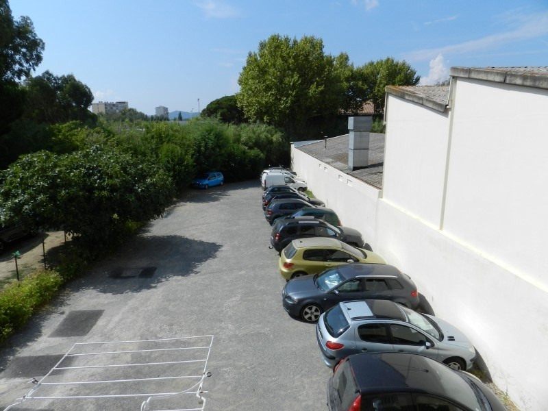 Sale apartment Le lavandou 98 000€ - Picture 2