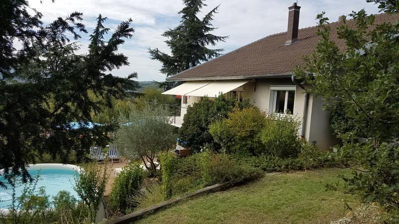 Maison sur sous-sol REVENTIN VAUGRIS - 6 pièce (s) - 170 m²