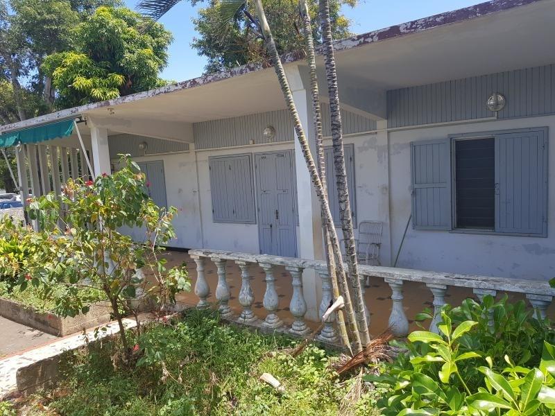 Sale house / villa Le port 175000€ - Picture 1