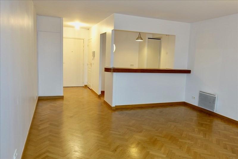 Rental apartment Antony 869€ CC - Picture 1