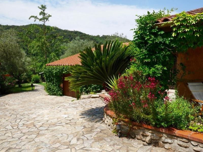 Deluxe sale house / villa Les cluses 588000€ - Picture 3