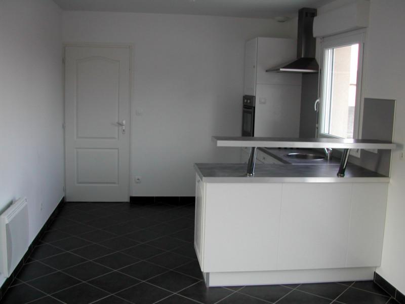 Location maison / villa Mametz 680€ CC - Photo 3