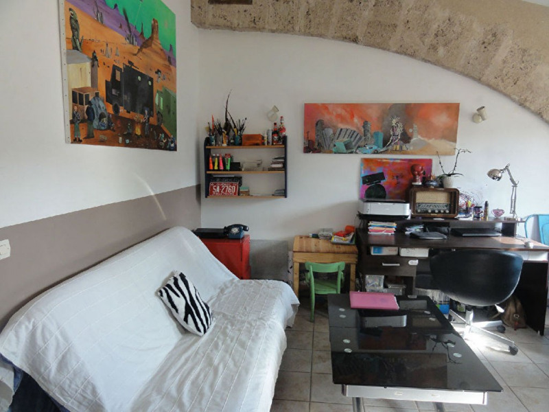 Rental apartment Meyrargues 750€ CC - Picture 3