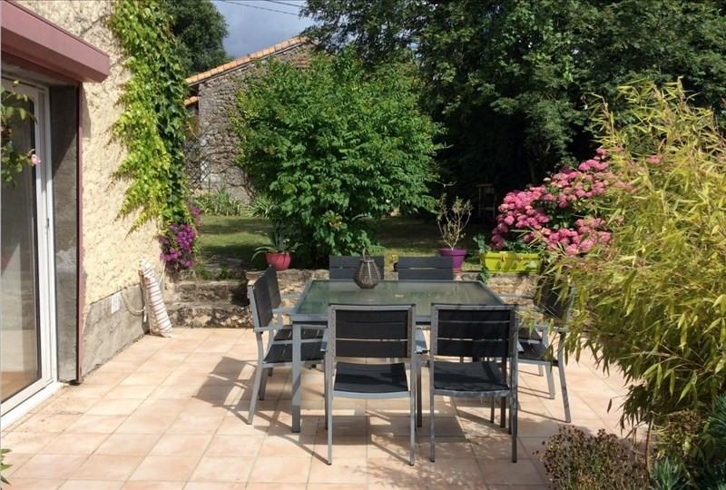 Sale house / villa Poitiers 241500€ - Picture 2