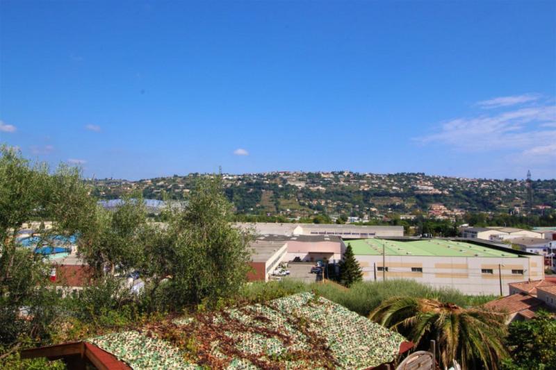 Sale house / villa Saint laurent du var 446000€ - Picture 6