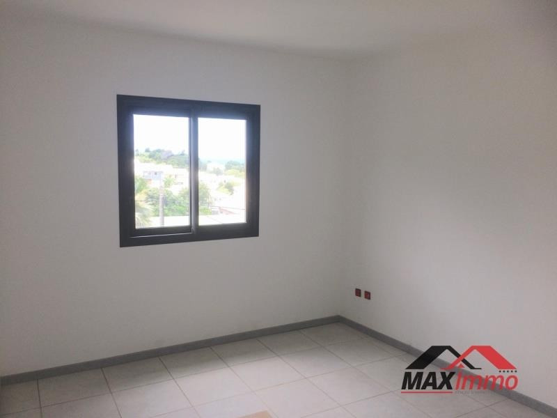Location appartement St joseph 650€ CC - Photo 3