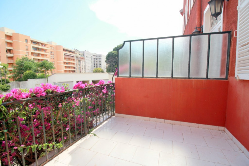 Sale apartment Nice 276 000€ - Picture 9