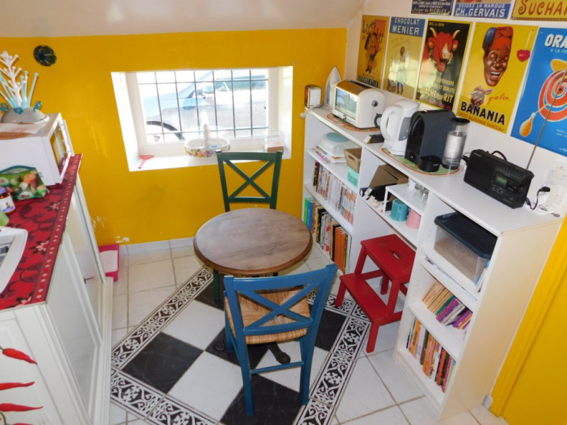 Sale house / villa La chartre sur le loir 244950€ - Picture 8