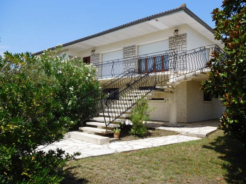 Sale house / villa Carbon blanc 449000€ - Picture 1