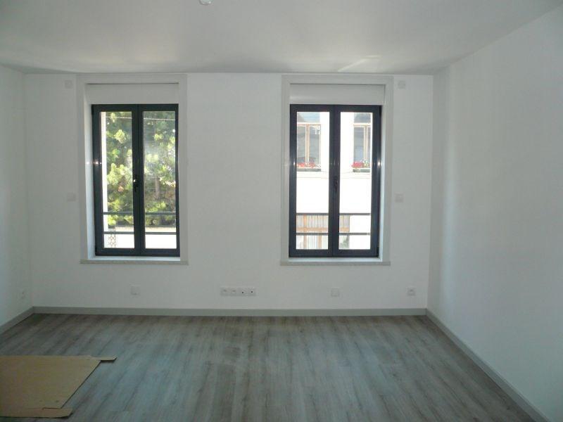 Location appartement Caudry 550€ CC - Photo 2