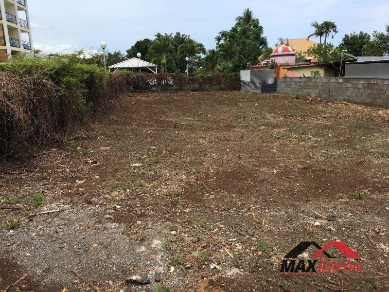 Location bureau Saint pierre 1 600€ CC - Photo 1